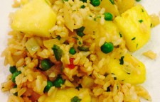 The Vegan Experiment: Beth's Pineapple Fried Rice